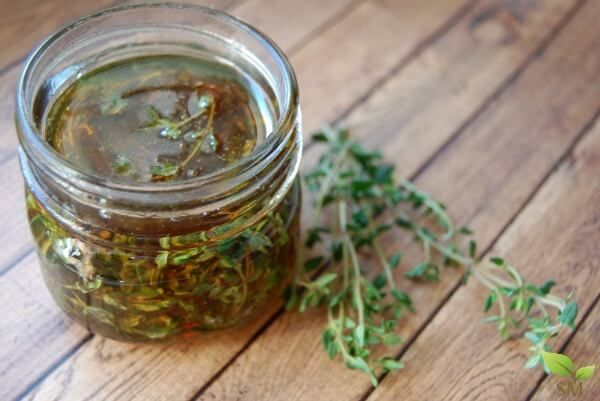 Make your own beautiful Thyme Infused Honey - This is an easy and effective…