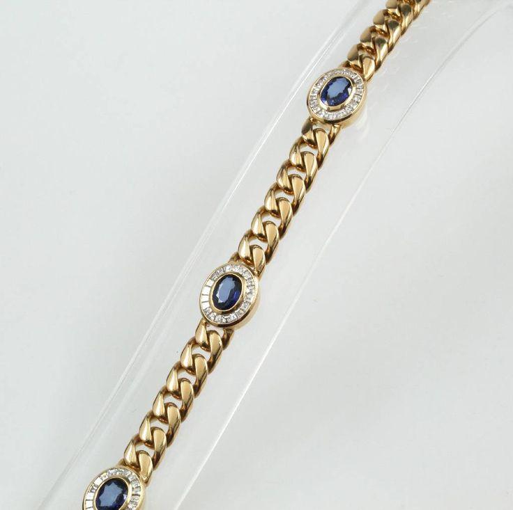 Massives Armband mit Saphiren und Diamanten, GG 750/000, 4 Saphire von sehr guter Farbe zus. 3.49 ct, 80 Diam. im Princesscut zus. 2.62 ct feines Weiß/lupenrein, Kastenschließe m. Sicherheitsacht, L. 17 cm Schätzpreis: 21500,- EUR  9400,- €