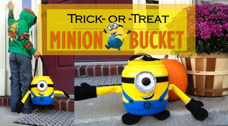 DIY Minion Bucket from www.CuriousLittleKid.com  #minioncostume #halloween