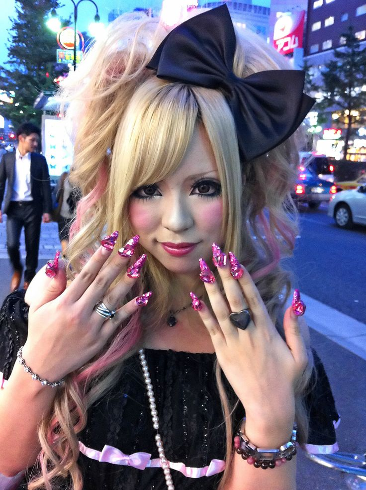 Nails in Shinjuku - Japanese Street Fashion Photo (16427898) - Fanpop fanclubs