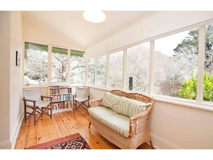 Front Elevation Of Verandah : Best images about enclosed verandahs on pinterest