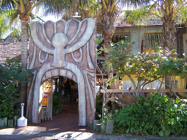 17 Best Images About Halloween Freaky Tiki Exile Island