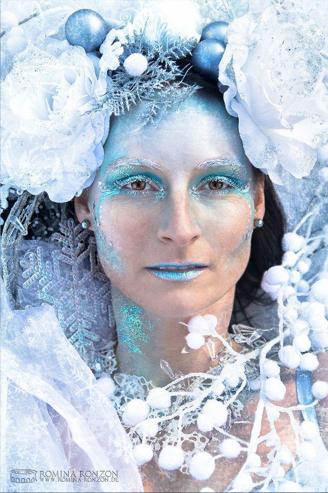 https://flic.kr/p/CRbHnG | Eiskönigin | Model: Brigitte Suchanke Paul Makeup: Bianca Metz Foto: Romina Ronzon  www.romina-ronzon.de  Fantasy Fotografie / Tierfotografie / Kreativ Fotografie  Ice and Winterqueen with beautiful frozen Headpiece