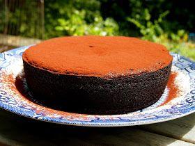 petite kitchen: boiled orange chocolate cake