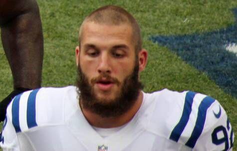 Die Indianapolis Colts trennten sich in einem Roster Move vom deutschen Bjoern Werner, nun holten sich die Jacksonville Jaguars den Defensive End. Wer...