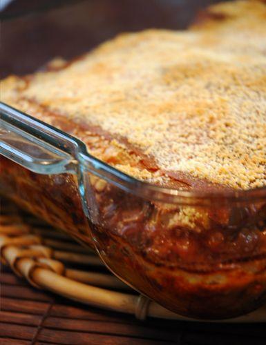 Quer saborear uma deliciosa lasanha de forma saudável? Confira uma receita do prato light com berinjela e prepare em casa
