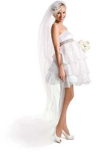 8 best Zwangere bruiden images on Pinterest | Short wedding gowns ...
