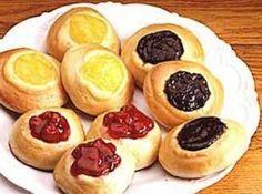 Czech Kolace or Kolache Recipe ... uses instant potato flakes.