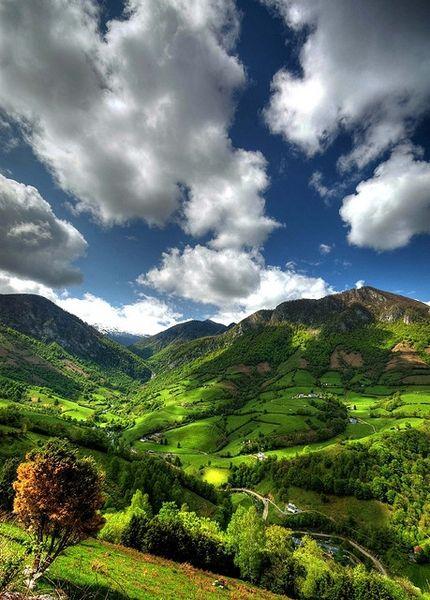 Mountain Valley, Lourdios-Ichere, Aquitaine, France    photo via mel