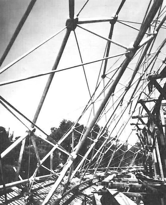 Detalle estructural de laCúpula Geodésica, Centro Vacacional Adolfo López Mateos y de Convenciones IMSS Oaxtepec ,Autopista México-Cuautla ...