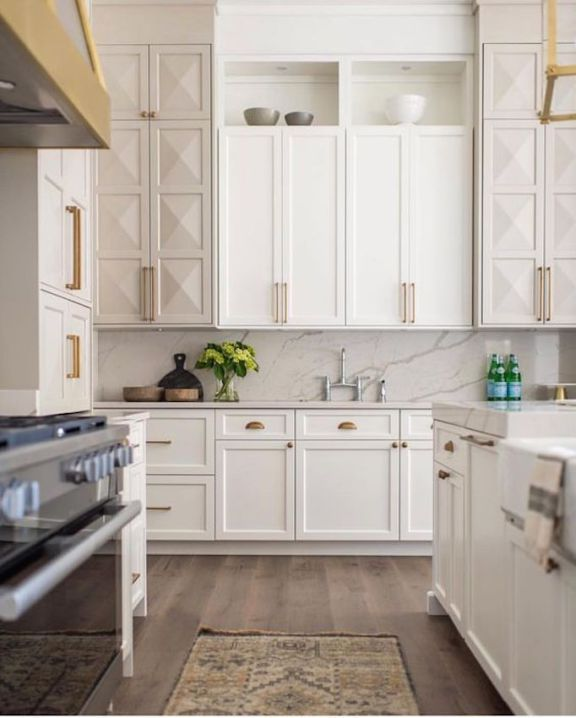 Sisal Runner White Kitchen With Carrara Marble Brass: Ivory Kitchen Cabinets, Subway Backsplash And