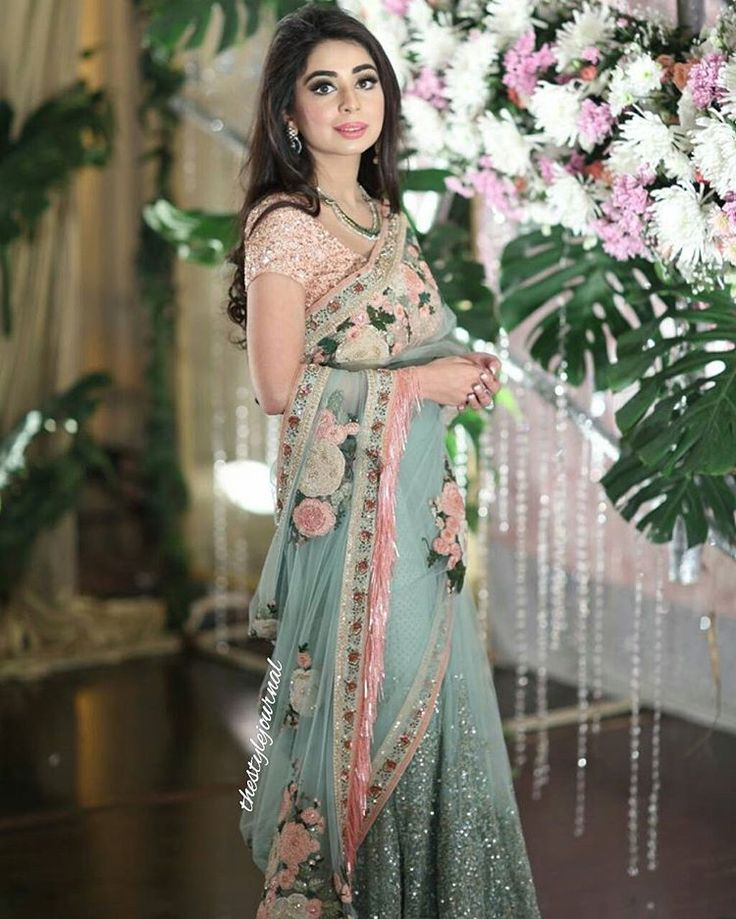 #sanahasan, CEO of @ninaneriofficial dazzles in an ethereal floral sari by #sabyasachi.
