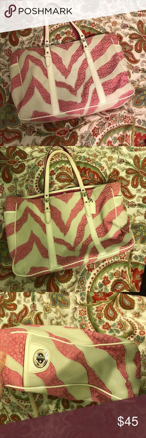 Large vintage Coach tote bag This was absolutely my favorite bag!! I used it to carry binders/laptop for college so it has been loved. Hoping someone can enjoy it as much as I did! Coach Bags Totes