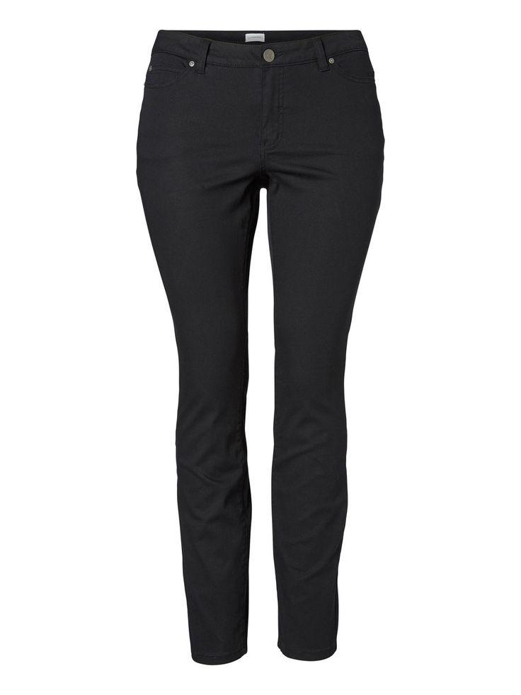 Plus size jeans from JUNAROSE #junarose #plussize #jeans #backtoreality