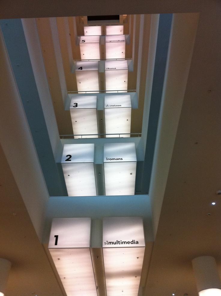 De Centrale Bibliotheek heeft 7 verdiepingen waar je je hart kunt ophalen!