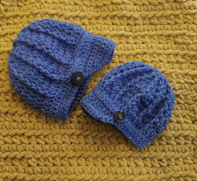 Free pattern This hat works up quickly and can be done in various colors for boys and girls. This a one piece hat so there is no extra sewing except the buttons!