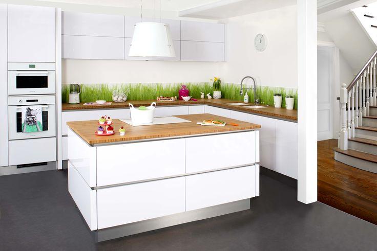 Les 56 meilleures images du tableau nos cuisines sur for Credence cuisine coloree