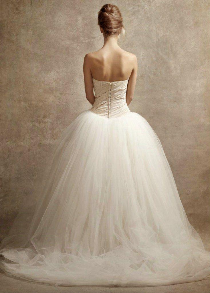 Свадебное платье White by Vera Wang 10 слоев и 100 ярдов фатина