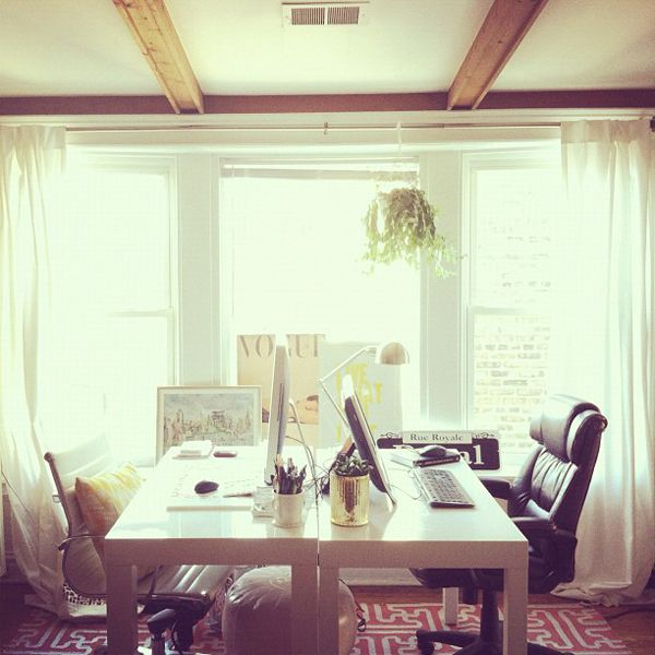Love the beams, although I'm sure those aren't support beams but decor :) doesn't matter to me! pic2rm
