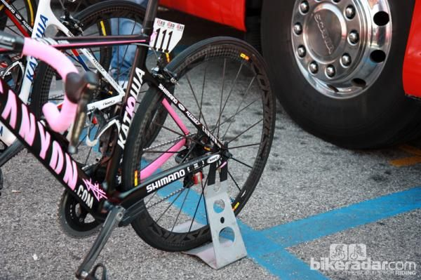 Mavic Cosmic Carbone Ultimates for current Giro d'Italia leader Joachim Rodriguez (Katusha).