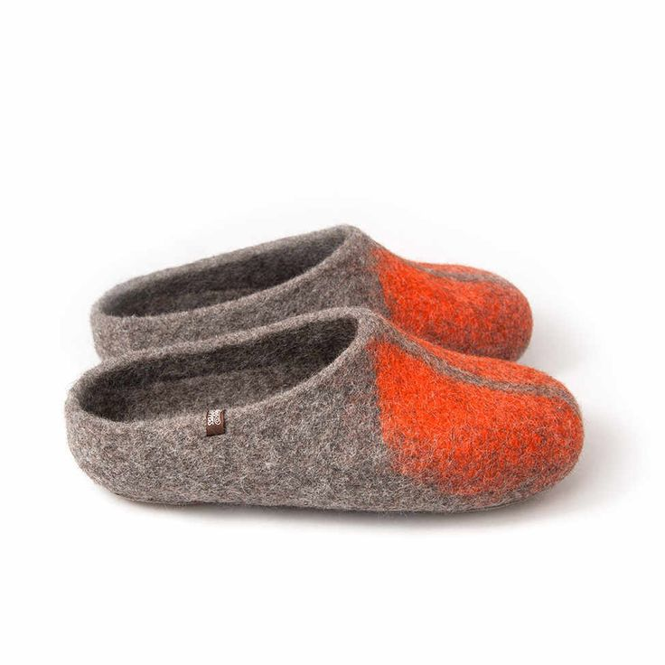 mules slippers mens - SOLO orange wooppers felted slippers #mules #wool #slippers
