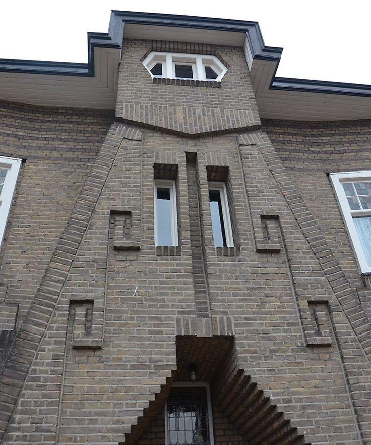 Jaren30woningen.nl | Geveldetails van #jaren30 woning | Amsterdamse school