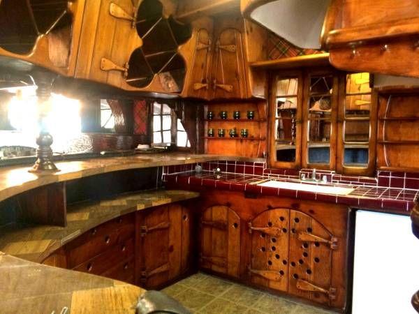 Disney Artist Creates Hobbit House - Hobbit House in Los Angeles - Redbook