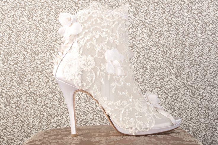 Handmade shoes, lace wedding boots by Savrani creations , athens greece