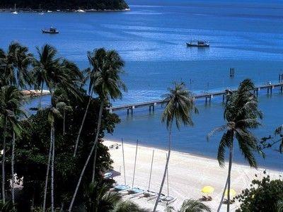 plage de l'île Batu Feringgi.