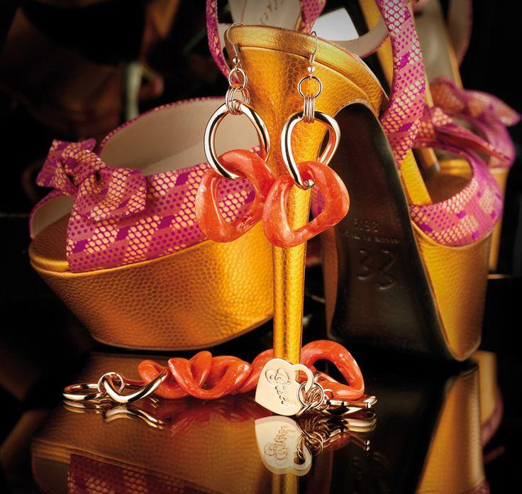 Artecora Bracciale e orecchini in bronzo  e policarbonato. Collezione Gisel Bronze and polycarbonate  bracelet and earrings. Gisel collection  www.artecora.it