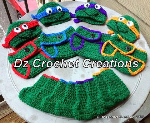 TMNT inspired crochet diaper cover set, by: Dz Crochet Creations. Presh!