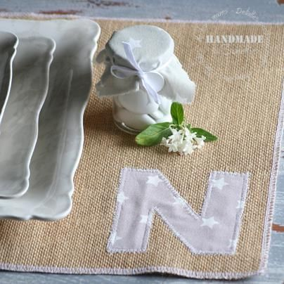 36 best images about labores con arpillera o tela de saco - Individuales para mesa ...