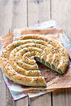 Spinach and Ricotta Puff Pastry | @tavolartegusto | Girella di Sfoglia ripiena