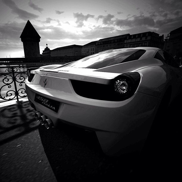 Sensual Ferrari 458 Italia