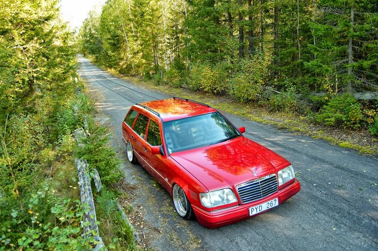 Mercedes-Benz S124 RED Stance Style   BENZTUNING   Performance and Style
