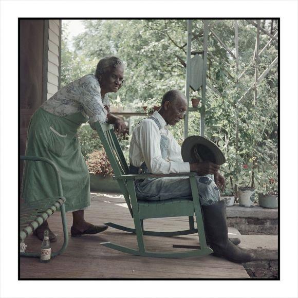 Untitled, Mobile, Alabama, 1956 Gordon Parks: Segregation Story - Exhibitions - The Gordon Parks Foundation | GORDON PARKS: SEGREGATION Story