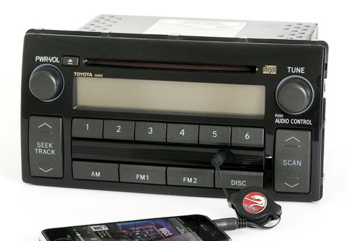 Toyota Camry 2005-2006 Radio AM FM CD Player w Aux Input 86120-AA160 Face 16860