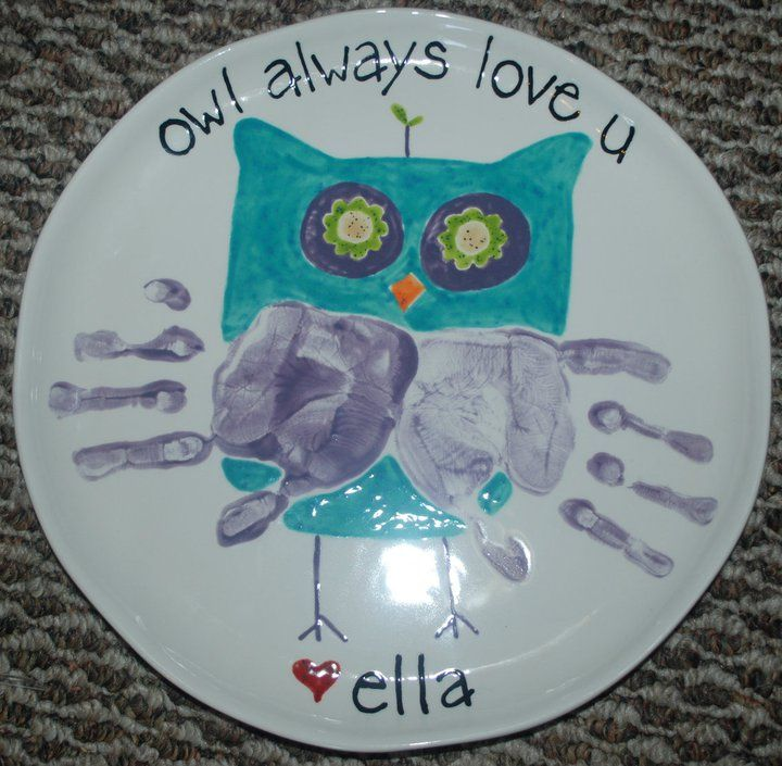 Katy...... it even has the correct name!  Too cute :)  Owl handprints