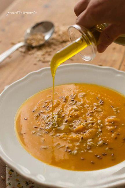 Ricetta Passato di zucca speziato con avena e semi di lino - Le ricette di Nuova terra