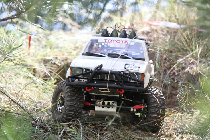 Hungarian Rc Crawler and Scale 4x4 Rc Trial Club_Brumca_Toyota hilux'82_2016