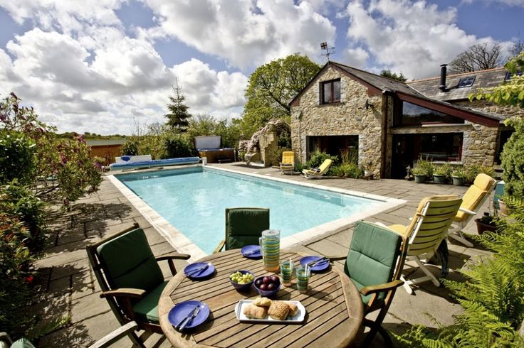 33 Best Pools And Hot Tubs Images On Pinterest Bubble Baths Cottage In And Hot Tubs