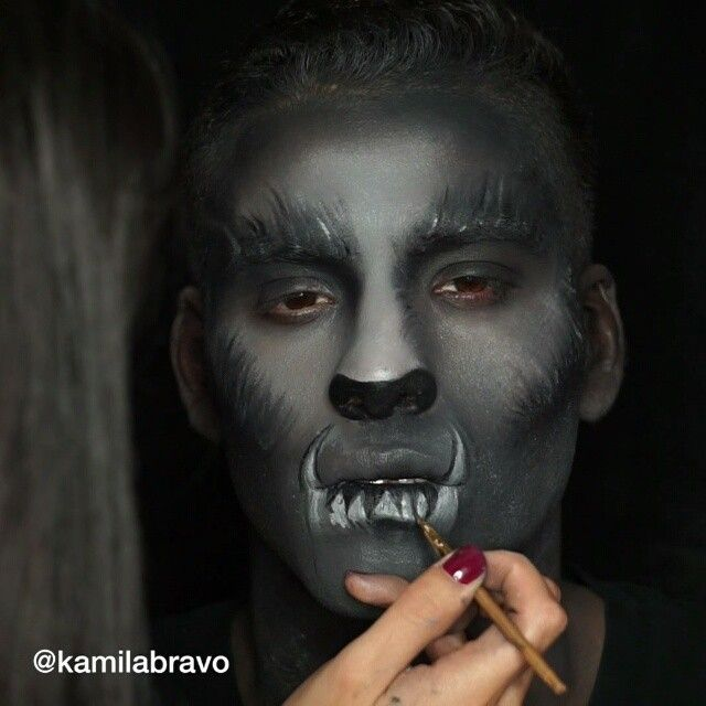 Press Play 🎥.🐺🌑 Full Tutorial of this Wolf inspired makeup look is now ready to view on my channel 📺 Direct link on my Bio 🔝. Brushes: @crownbrush C44, @tartecosmetics gel liner brush, Sonia Kashuk Contour brush. ♦@bennyemakeup white face paint & a Halloween makeup kit I bought from @target ♦ @nyxcosmetics Milk Jumbo Pencil ♦Halloween makeup kit from @target & @bennyemakeup white face paint ♦LBD gel liner @motivescosmetics ♦Black & brown eyeshadows #kamilabravo #halloweenmakeup…