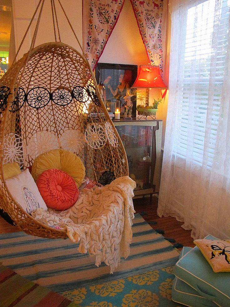 Bedroom, Brown Rattan Hanging Chair Ikea For Bedroom White Throw Round Red Green Pattern Cushions Switch Egg Basket Hanging Chair Blue White Stripped Rug Target Square Blue Cushions Red Desk Lamp Teen Bedroom: Modern Hanging Chair Design For Master Bedroom