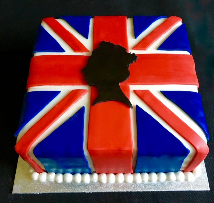 HM the Queen Union Jack Birthday Cake by Mulberry Cottage Cakes
