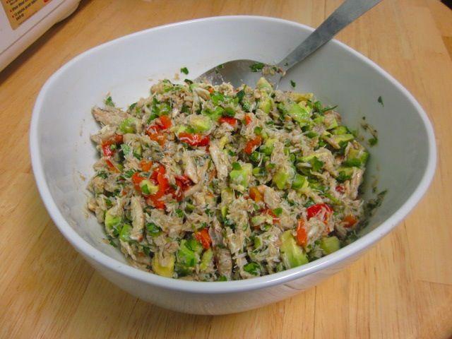 Рецепт салатов без майонеза с мясом мариннованными огурцамим
