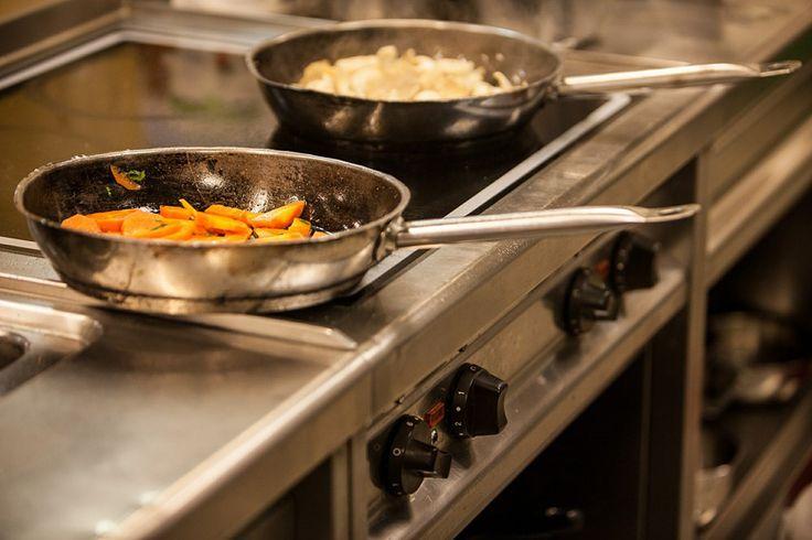 Czy smażenie jest zdrowe, czy można się bezkarnie zajadać wszelkimi smażonymi potrawami?  #rytmynatury#kulinaria#kuchnia#smażenie#zdrowie#health#zdrowe