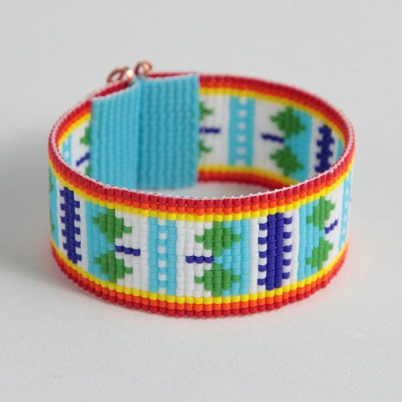 Native American Style Colorful Diamonds Bead Loom by PuebloAndCo