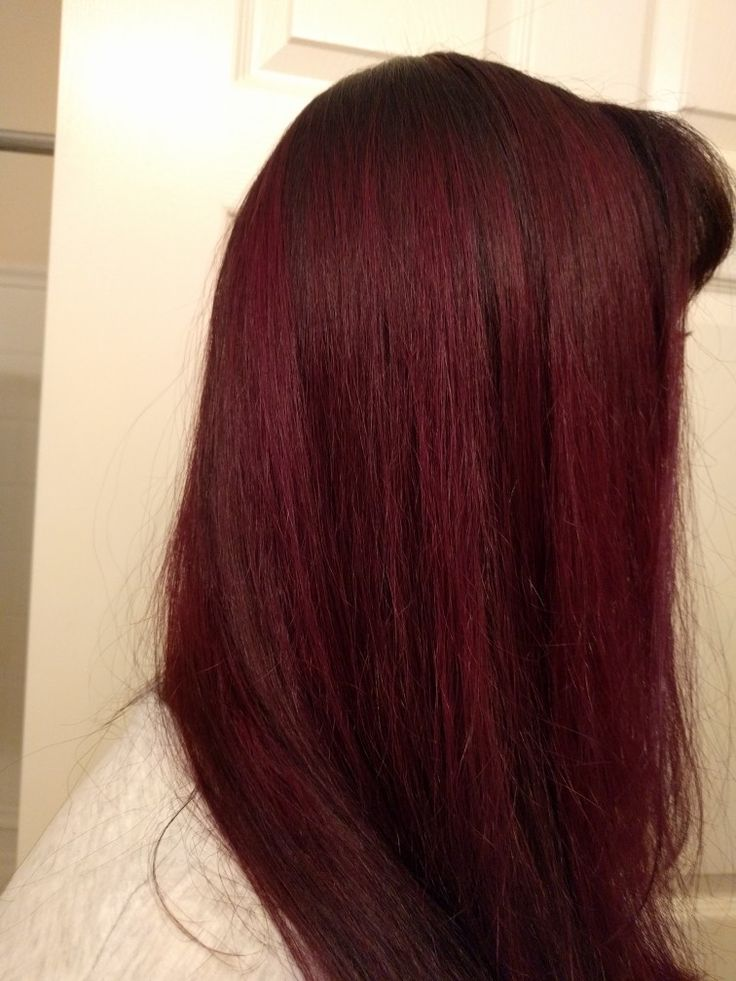 50/50 mix of Manic Panic's Vampire Red and Purple Haze (originally prelightened to about a 7)