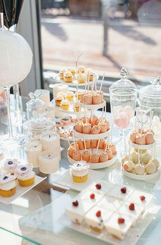 Свадьба в стиле Chanel, сладкий стол