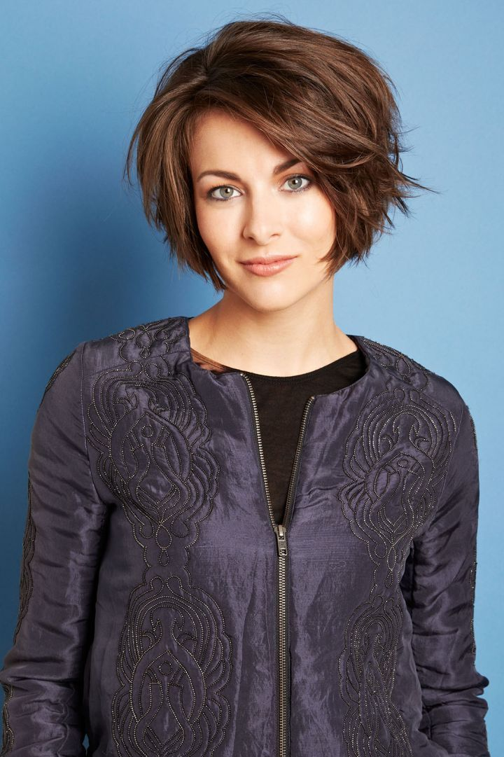 Give your short hair the ultimate makeover with one of these new styles. Don't worry, step-by-step instructions are included so you can get the look right!